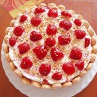 Mascarponés epertorta sütés nélkül